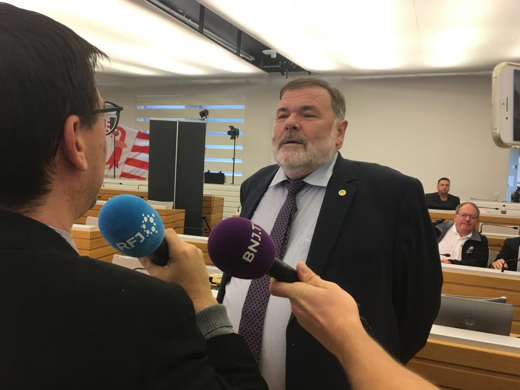 Selon les premiers résultats, Jean-Paul Gschwind est bien parti pour être réélu.
