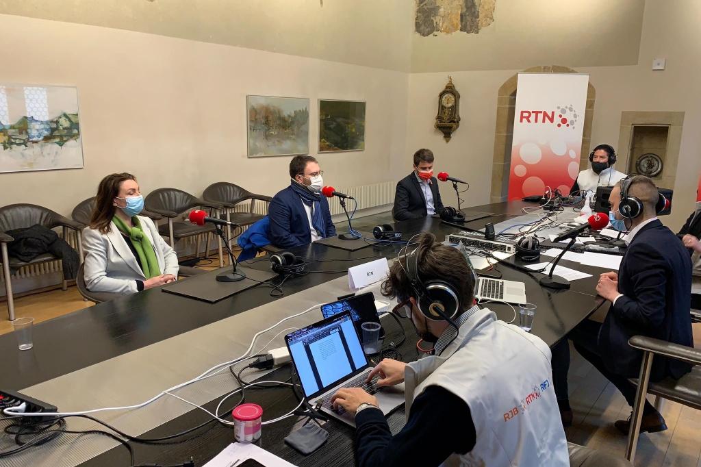 Table ronde avec les responsables du PS, du PLR et des Verts